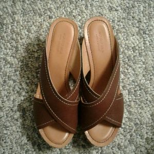 Sonoma Brown Wedges